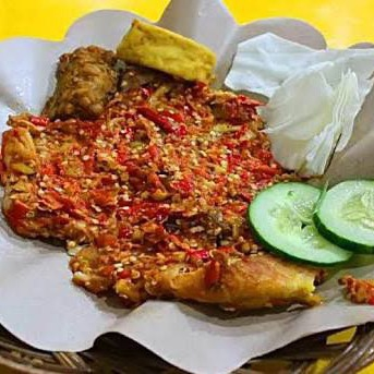 Ayam Gepuk Sambal Nyoyor