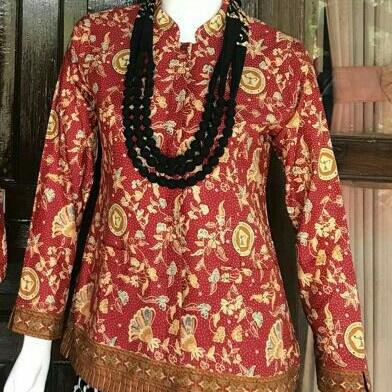 Baju Batik Perempuan