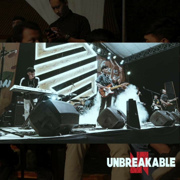 Full Band Unbreakable