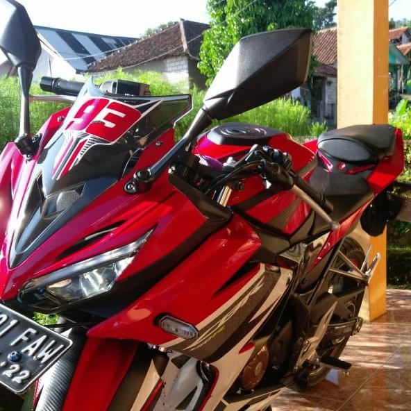 Jual Motor Honda CB150R