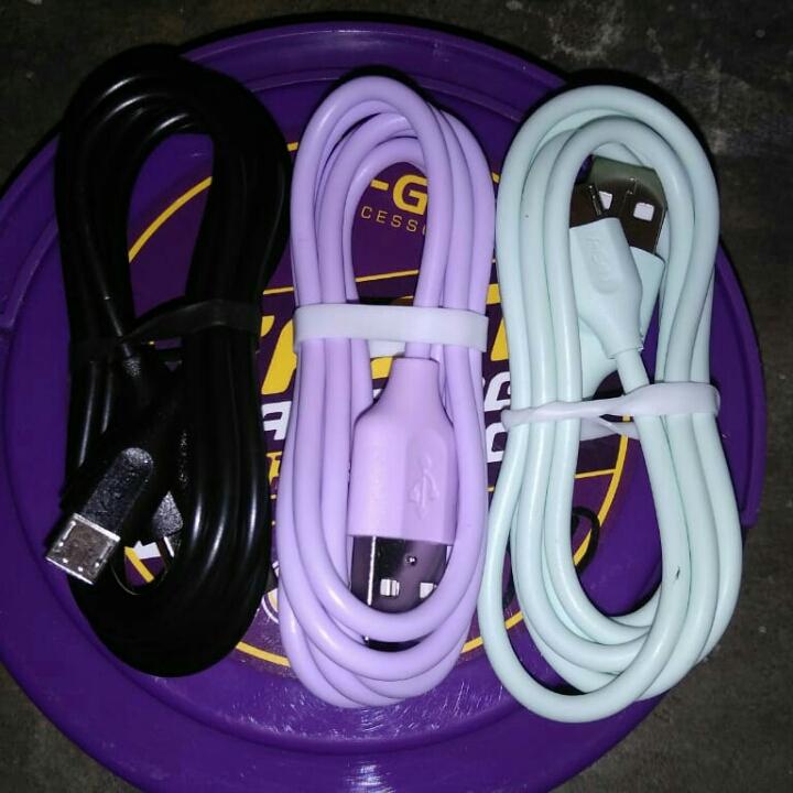 Kabel USB Merek V-gen
