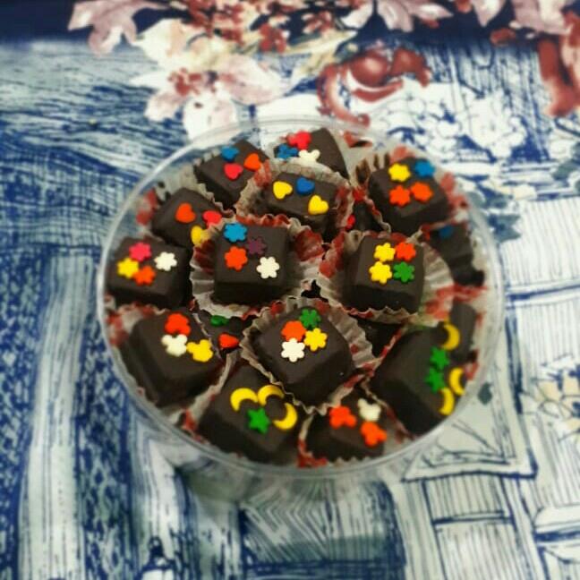 Kue wafer coklat