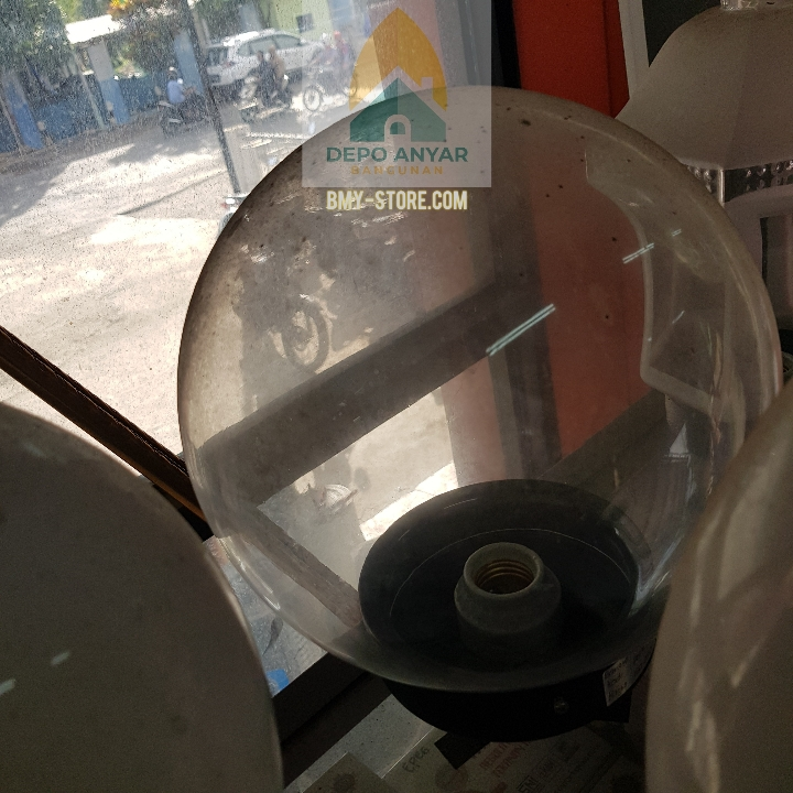 Lampu Taman Dlx Kaca Bstore