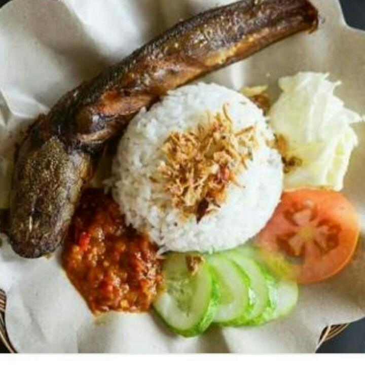 Lele Penyet Semarang