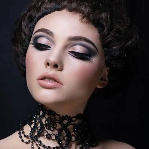Make Up Modern