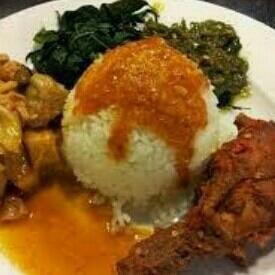 Nasi Ayam Pedas