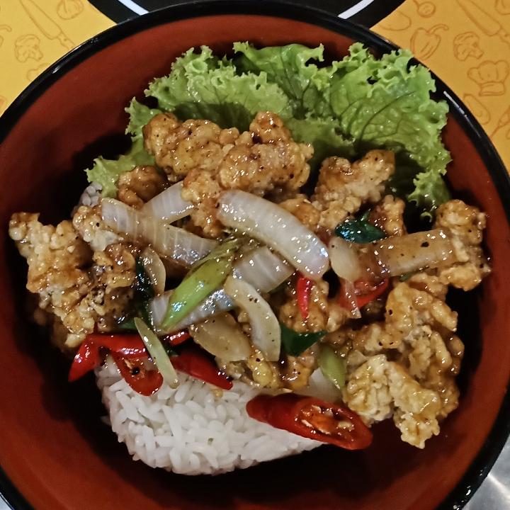 Rice Bowl Ayam Lada Hitam