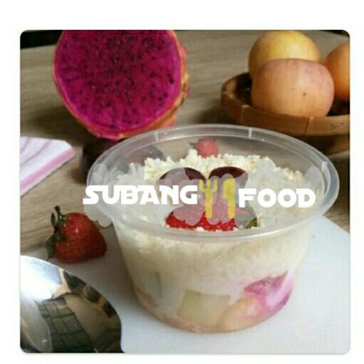 Salad Buah Mayo Saus Strawberry M