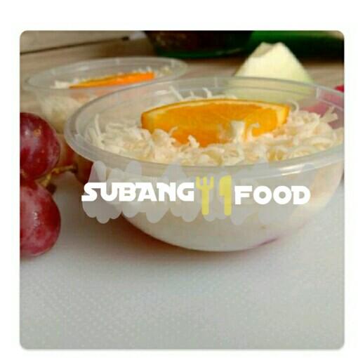 Salad Buah Mayo Saus Strawberry S