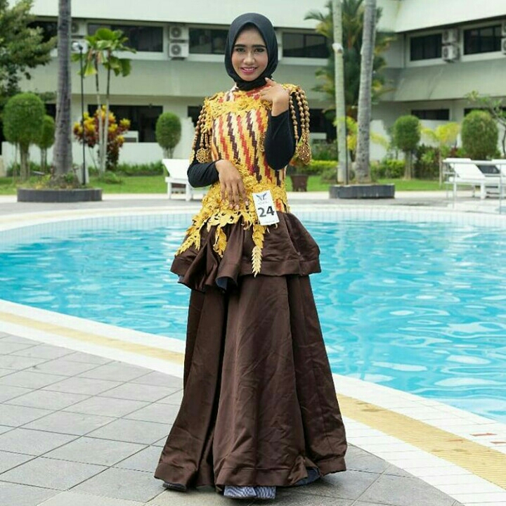 Yellow Red Brown Gown