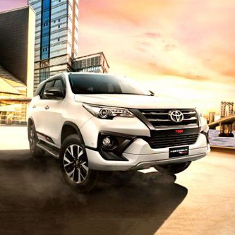toyota fortuner 2 4 G 4x4 A T